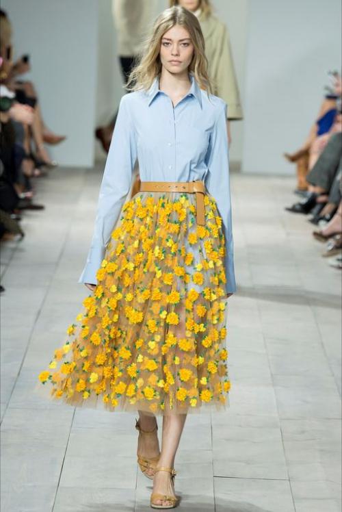 Желтая прозрачная юбка
