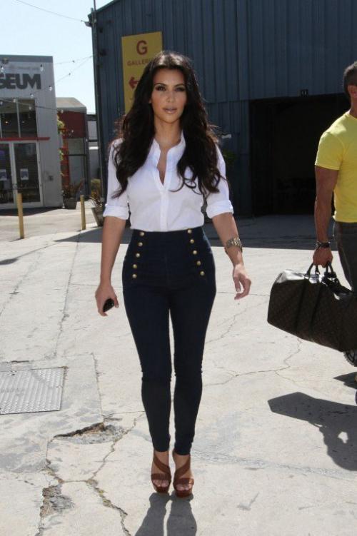 Черные высокие джинсы