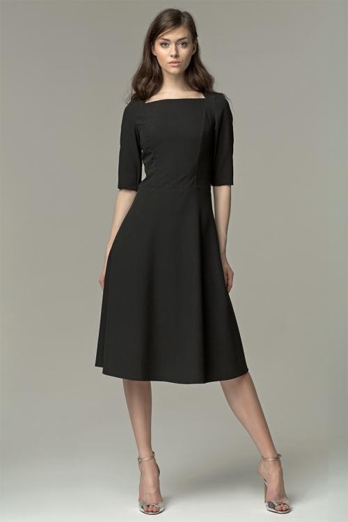Черное платье длиной миди