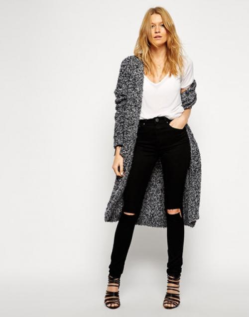 Черные джинсы и кардиган