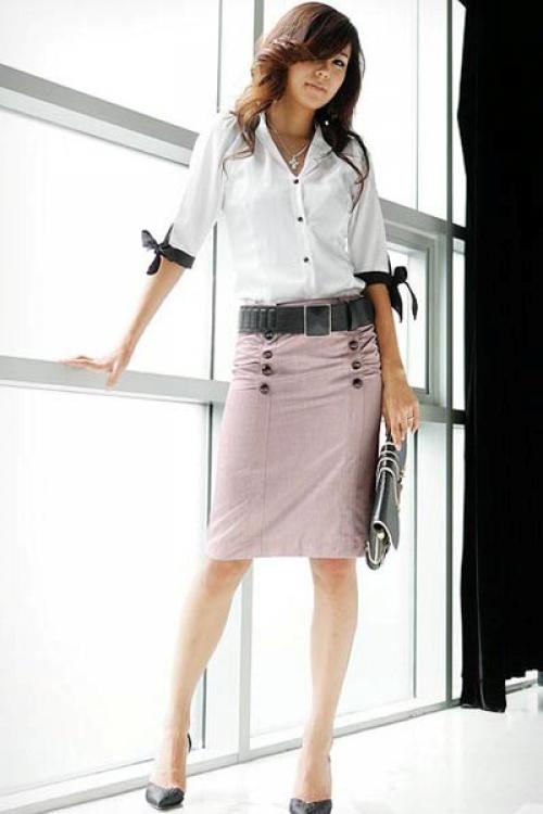 Пыльно-розовая юбка прямого кроя
