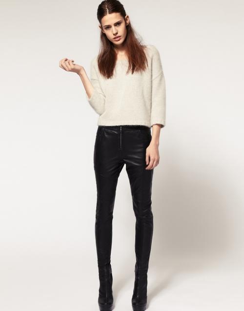 Черные кожаные штаны
