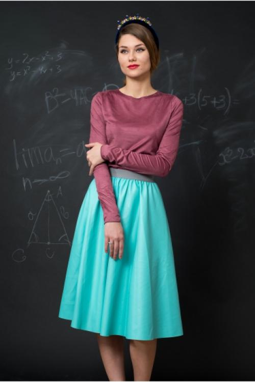 Бирюзовая юбка длины миди