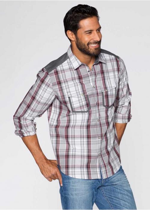 Клетчатая рубашка на мужчине