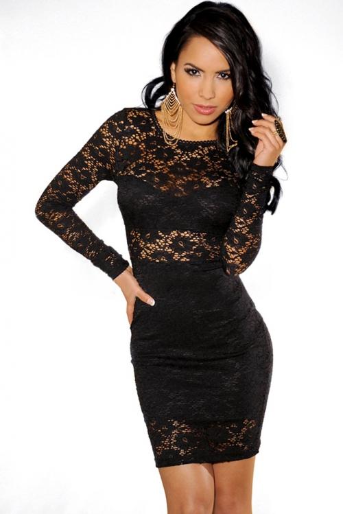 Гипюровое платье черного цвета