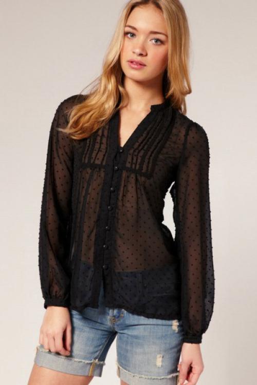 Черная прозрачная блузка на пуговицах
