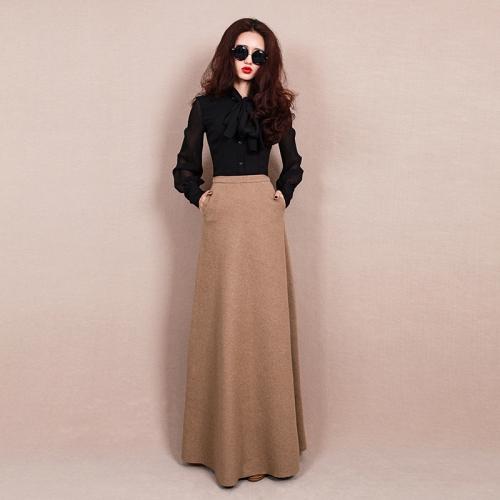 Длинная шерстяная юбка песочного цвета