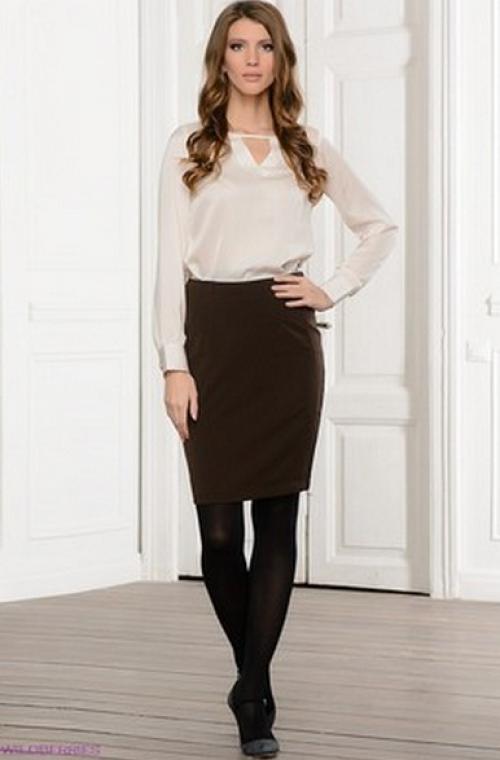 Черная юбка и белая блузка