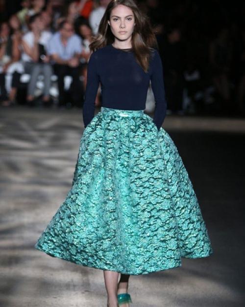 Бирюзовая юбка-колокол