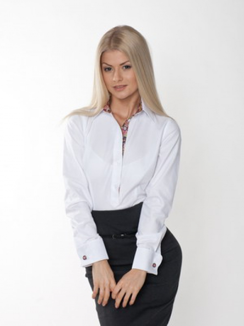 Белая рубашка и юбка-карандаш