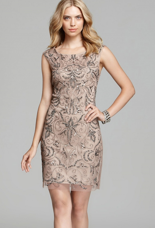 Праздничное платье-футляр